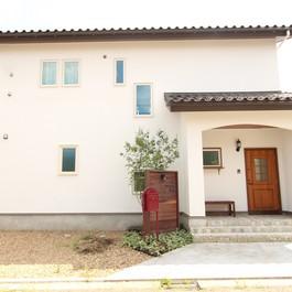雑誌Come home!出てくるような、自然素材を生かしたカッコいいお家。